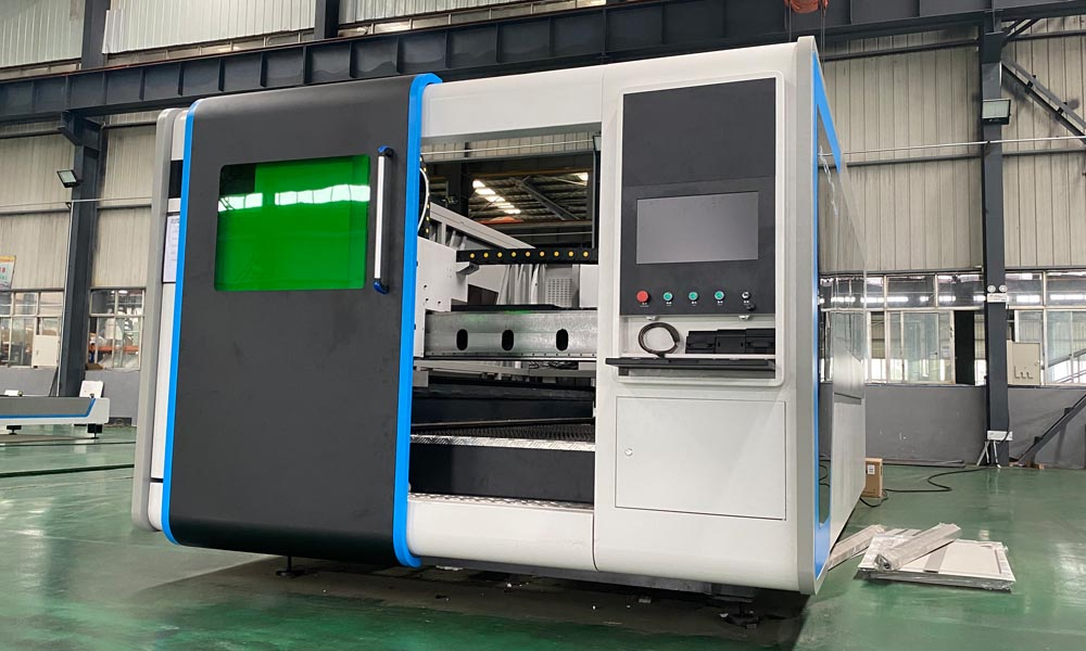 4020 IPG 4000W Laser Cutting Machine