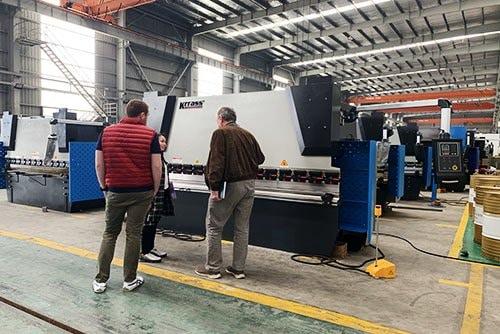 Costomers visit KRRASS factory-metal sheet euipment manufacture